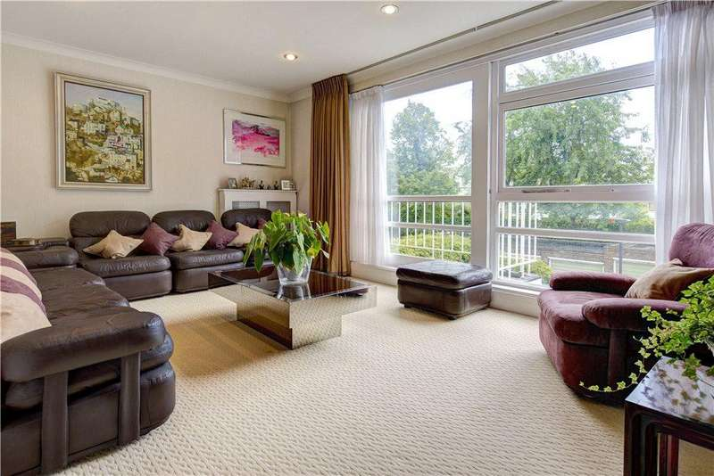 4 Bedrooms Terraced House for sale in Queensmead, St John's Wood Park, London, NW8
