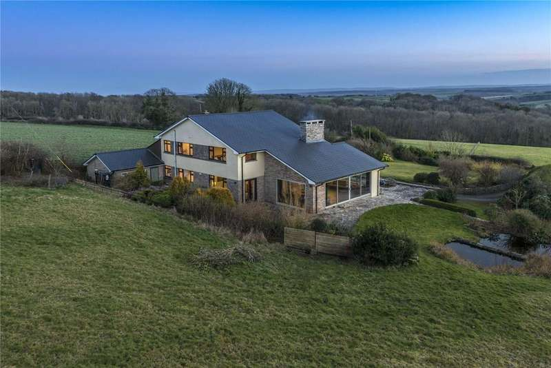 4 Bedrooms Detached House for sale in Dorset