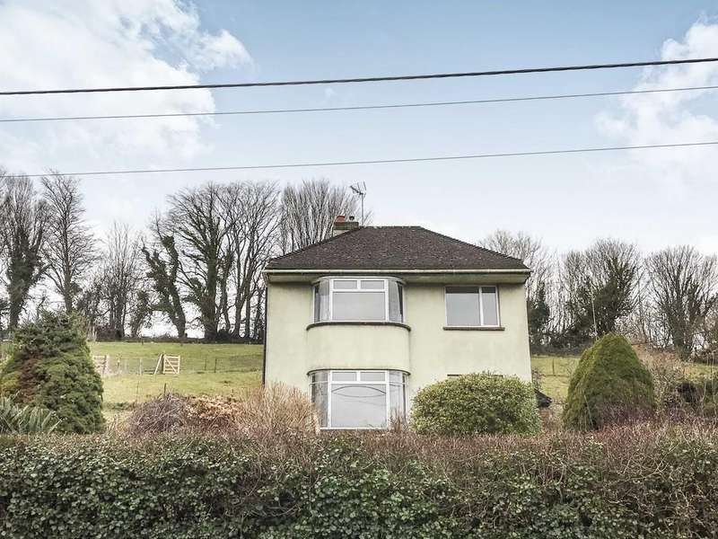 3 Bedrooms Detached House for sale in Buckfastleigh, Devon