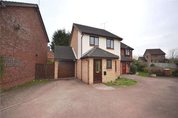 3 Bedrooms Link Detached House for sale in Worrall Way, Lower Earley, Reading