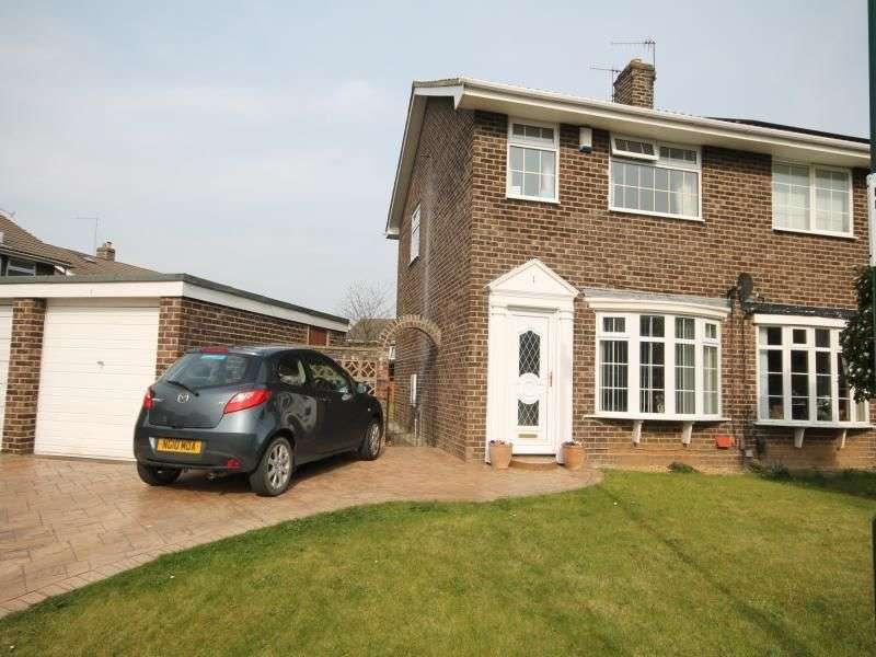 3 Bedrooms Semi Detached House for rent in Dunston Close, Guisborough, TS14