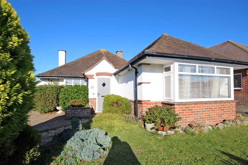 4 Bedrooms Detached Bungalow for sale in Riversdale Road, Hengistbury Head, Bournemouth