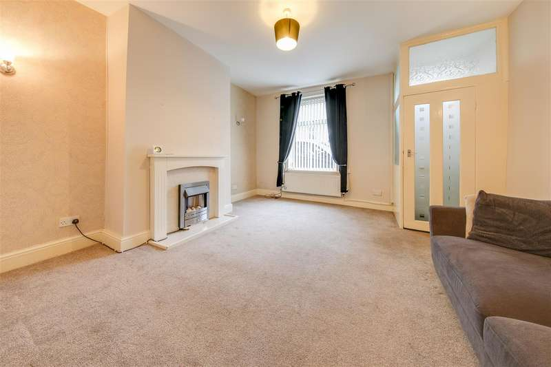 3 Bedrooms Terraced House for rent in Stacksteads