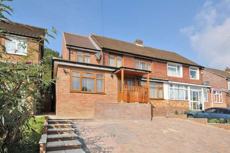 4 Bedrooms House for sale in High Wycombe, Buckinghamshire, HP12