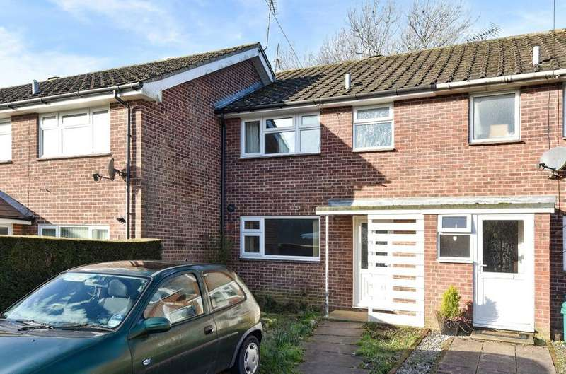 3 Bedrooms House for sale in Hedge End, Barnham, PO22