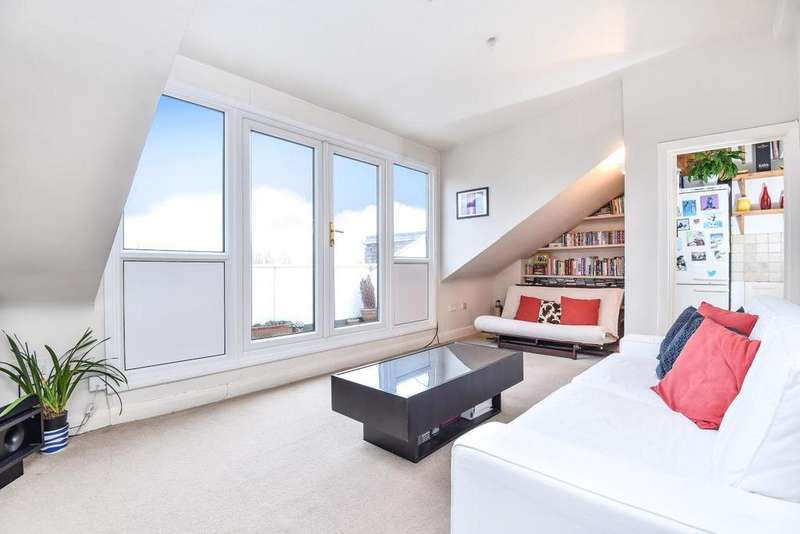 2 Bedrooms Flat for sale in Queens Avenue, Muswell Hill