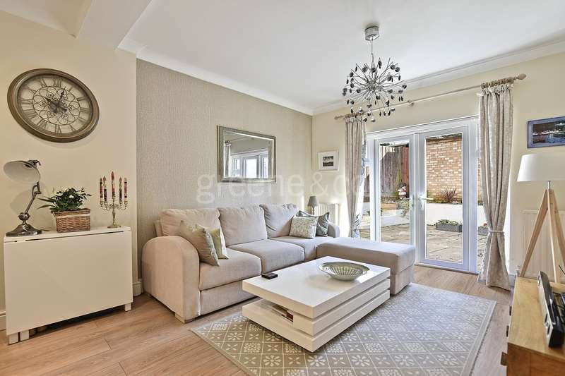 2 Bedrooms Flat for sale in Sunnyside, London, NW2