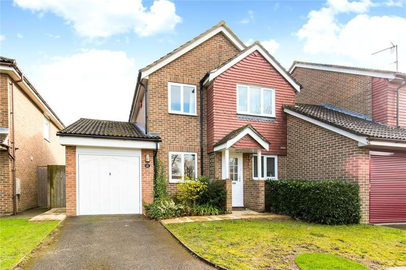 3 Bedrooms Detached House for sale in Strathfield Close, Haywards Heath, West Sussex, RH16
