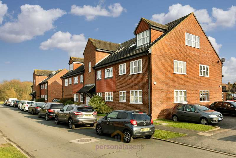 2 Bedrooms Apartment Flat for rent in Woodfield Lane, Ashtead