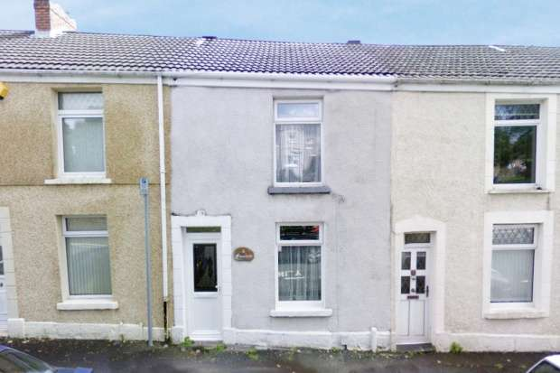 2 Bedrooms Terraced House for sale in Forbes Street, Swansea, West Glamorgan, SA6 8JZ