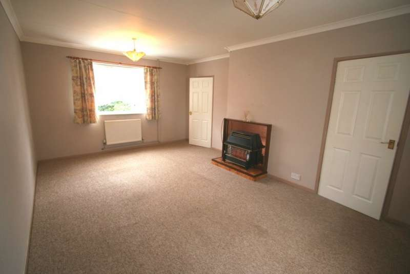 2 Bedrooms Semi Detached House for rent in Southway Drive, Plymouth PL6