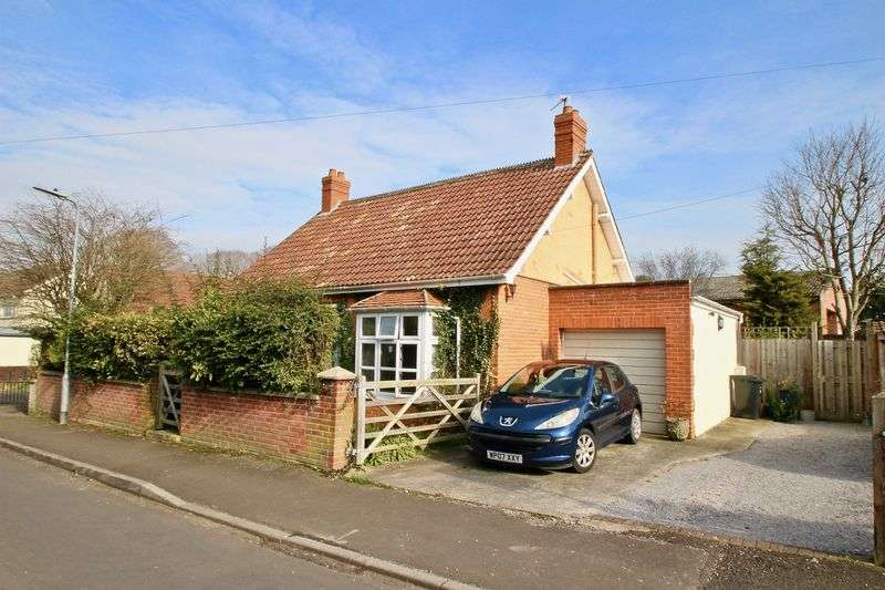 4 Bedrooms Property for sale in Park Road, Street