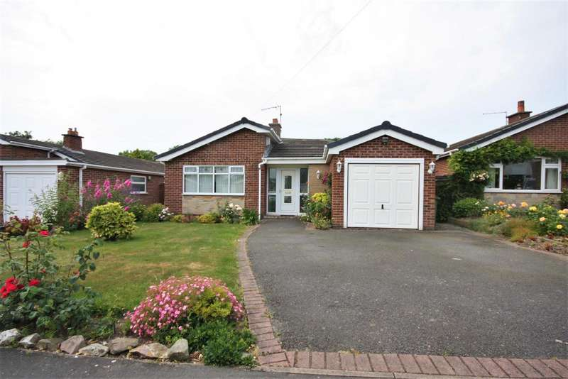 3 Bedrooms Property for sale in Castle Rock Drive, Coalville