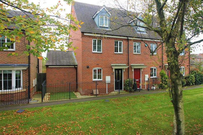 3 Bedrooms Property for sale in Birch Road, Ashby-De-La-Zouch, LE65 1FW