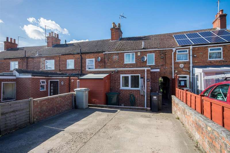 3 Bedrooms Terraced House for sale in Alma Place, Spilsby