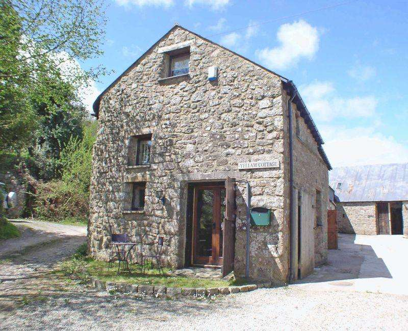 3 Bedrooms Cottage House for rent in Yellam, Chagford