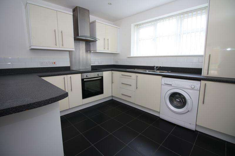 2 Bedrooms Apartment Flat for rent in Willowdene, Marton
