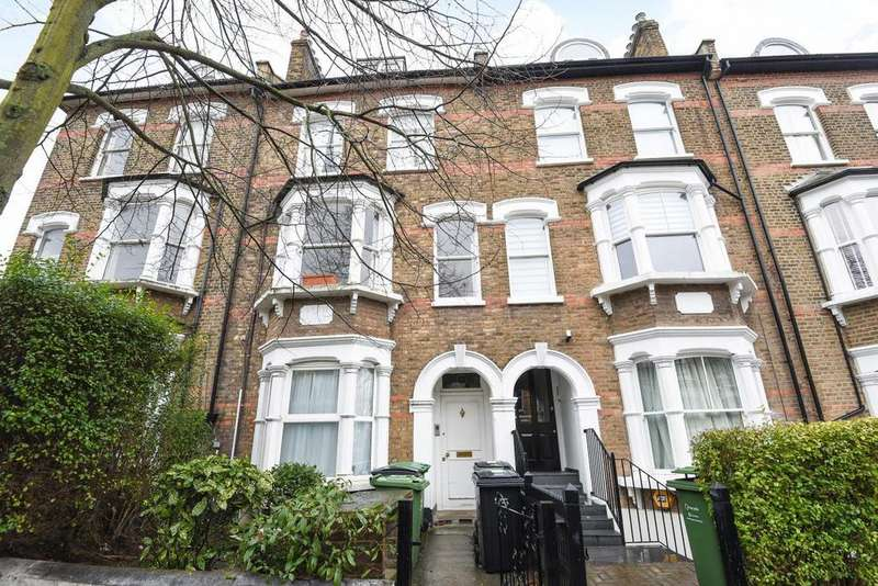 3 Bedrooms Flat for sale in Iverson Road, West Hampstead
