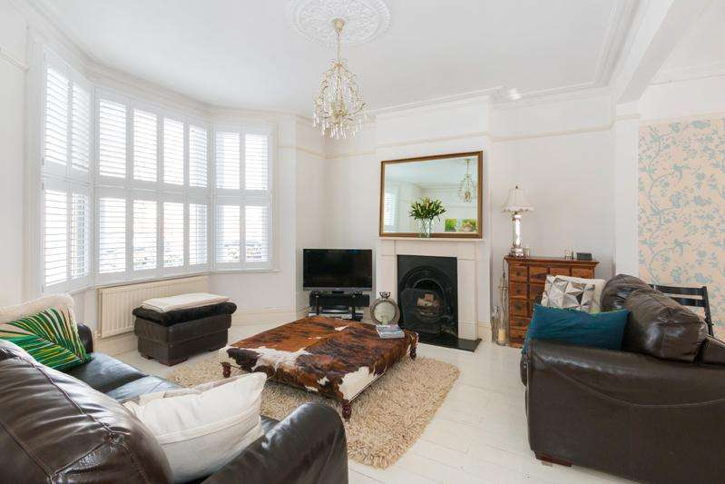 4 Bedrooms House for sale in Pirbright Road, Southfields, SW18