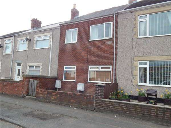 2 Bedrooms Flat for rent in Ellesmere Gardens, Stakeford NE62
