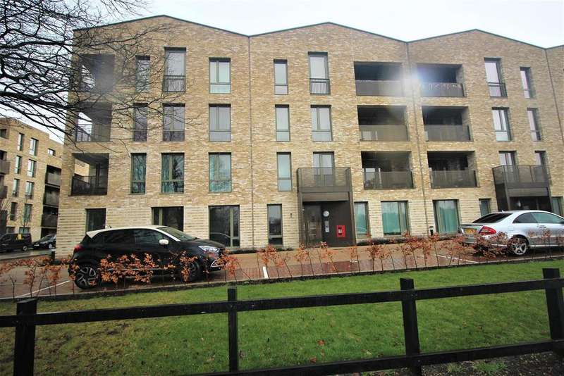 2 Bedrooms Flat for sale in 26 Farnsworth Drive, Edgware
