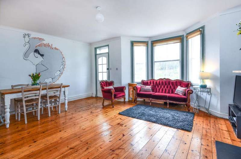 2 Bedrooms Flat for sale in Sackville Road, Hove, East Sussex, BN3