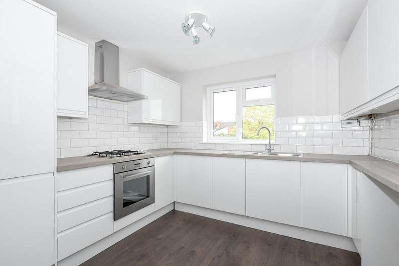 2 Bedrooms Maisonette Flat for sale in Bourdon Road, Anerley