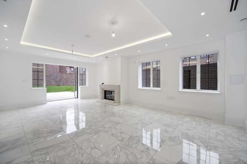 5 Bedrooms House for rent in Chandos Way, Golders Green, NW11