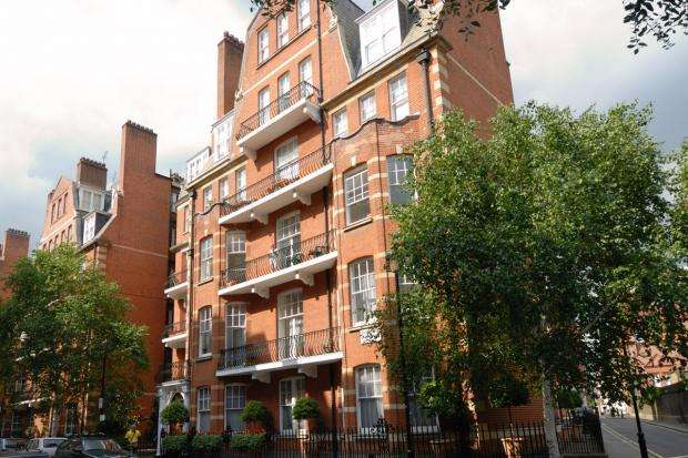 3 Bedrooms Apartment Flat for sale in Emery Hill Street, Westminster, SW1P