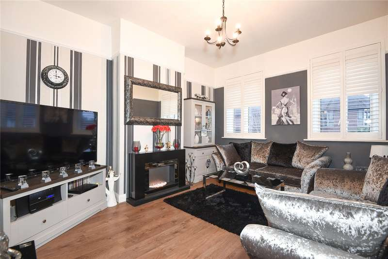 3 Bedrooms Maisonette Flat for sale in High Road, Harrow, Middlesex, HA3