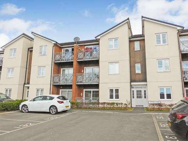 1 Bedroom Flat for sale in Clough Close, Middlesbrough, Durham