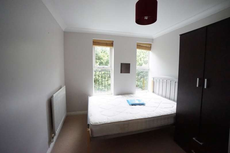 6 Bedrooms Semi Detached House for rent in Paxton, Stoke Park, Frenchay, BS16
