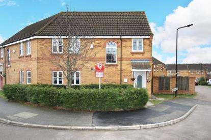 3 Bedrooms Semi Detached House for sale in Ravenswood Drive, Rotherham, South Yorkshire