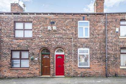 3 Bedrooms Terraced House for sale in Spring Street, Wigan, Greater Manchester, WN1