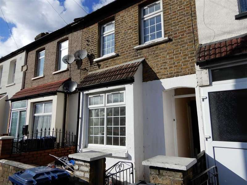 4 Bedrooms Terraced House for rent in Spencer Street, Southall, Middlesex