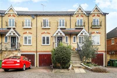 4 Bedrooms House for rent in Lynwood Road, Thames Ditton, KT7