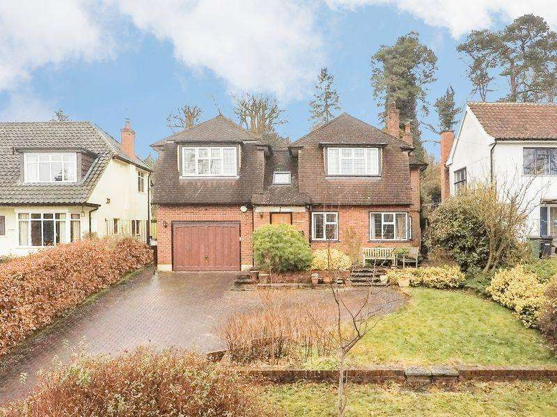 5 Bedrooms Detached House for sale in Stagbury Avenue, Chipstead
