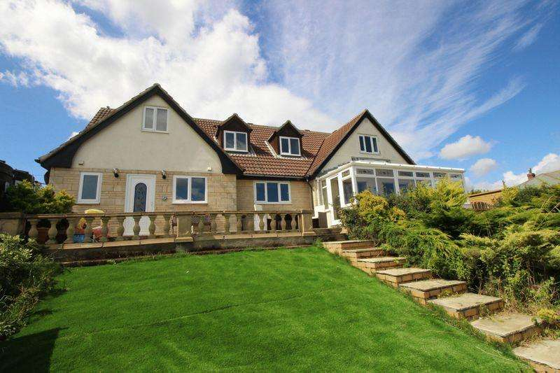 5 Bedrooms Detached House for sale in Flat Cliffs, Filey