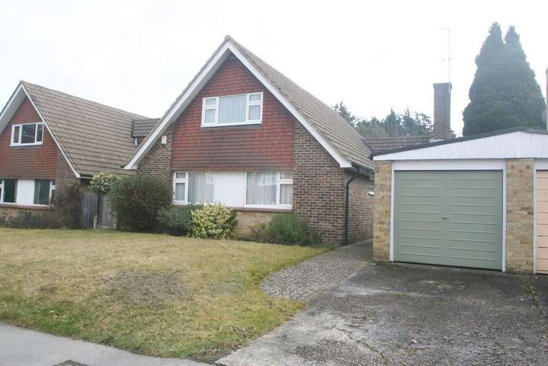 4 Bedrooms Chalet House for sale in South Croydon