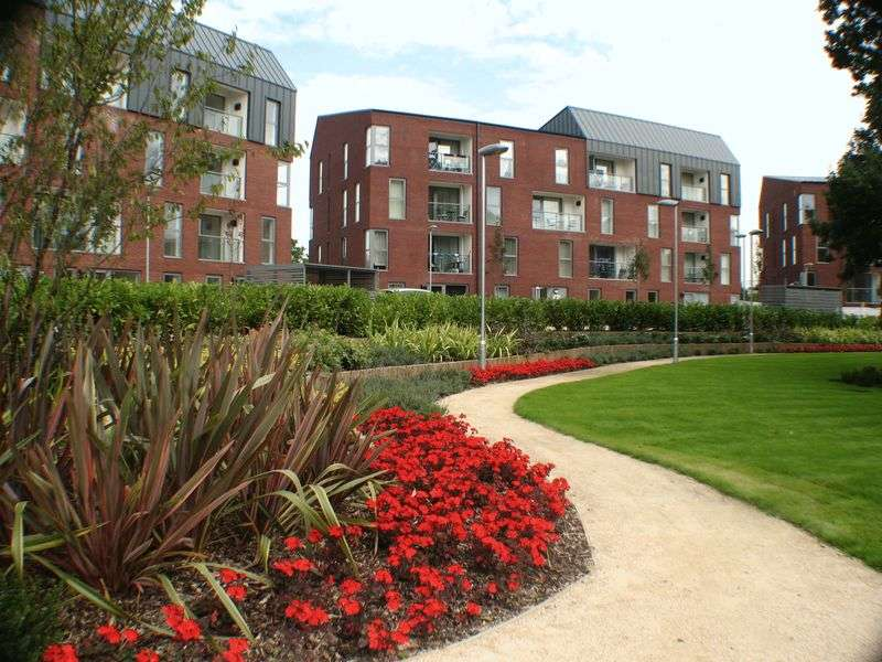 2 Bedrooms Property for sale in Nevis Court, Loch Crescent, Sterling Green, EDGWARE, Middlesex, HA8 8FE