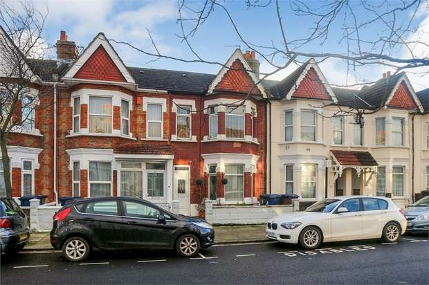 3 Bedrooms Terraced House for sale in Orchard Avenue, Southall, Greater London