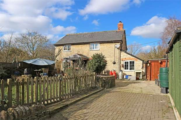2 Bedrooms Detached House for sale in Hardwick, Witney, Oxfordshire