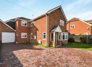 4 Bedrooms Detached House for sale in Lower Road, Woodchurch, Ashford, Kent
