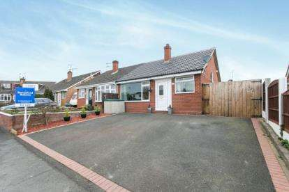 2 Bedrooms Bungalow for sale in Farndon Close, Broughton, Chester, Flintshire, CH4