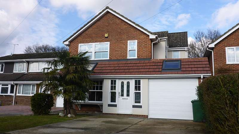 4 Bedrooms Detached House for sale in The Birches, Benfleet, Essex, SS7