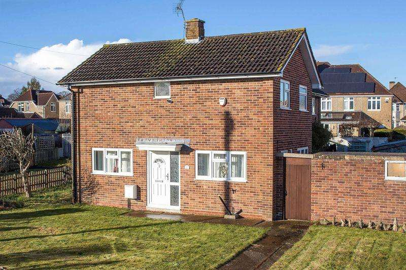 2 Bedrooms Semi Detached House for sale in Hounsdown