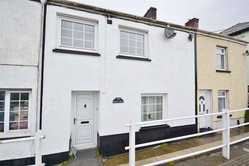 2 Bedrooms Terraced House for sale in Royal Oak Terrace, Johnstown, Carmarthen