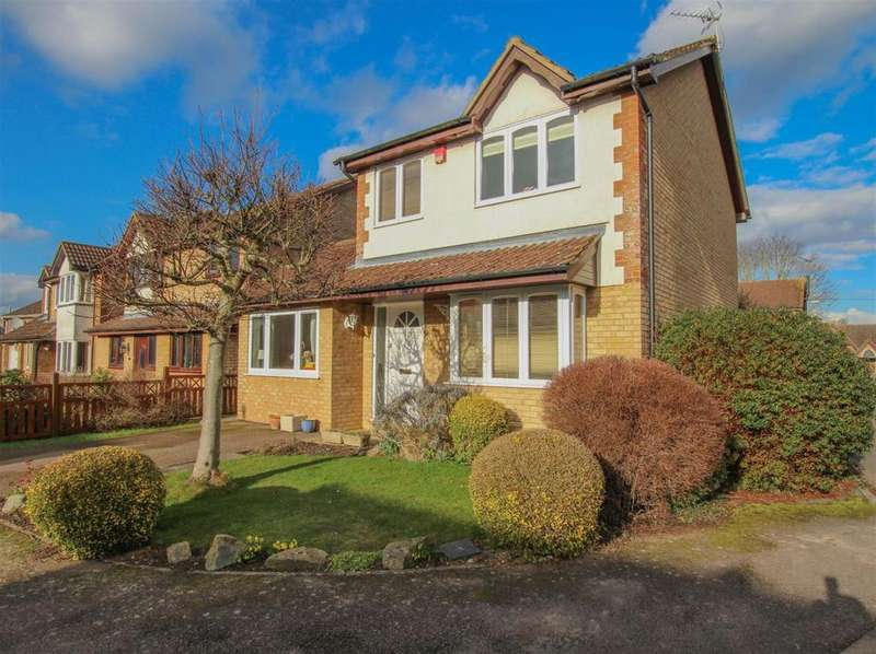 3 Bedrooms Detached House for sale in Archive Close, Aston Clinton, Aylesbury, HP22 5GE