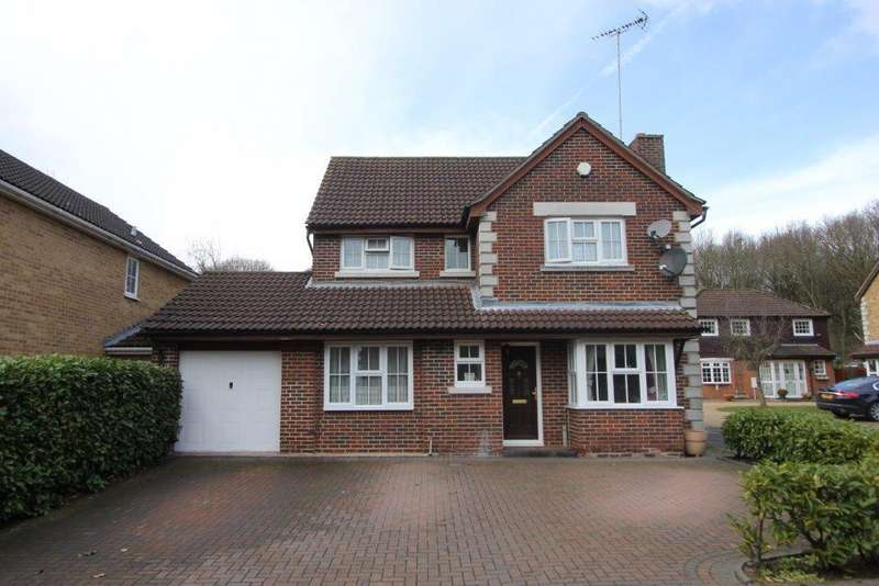 4 Bedrooms Detached House for sale in Roth Drive, Hutton, Brentwood