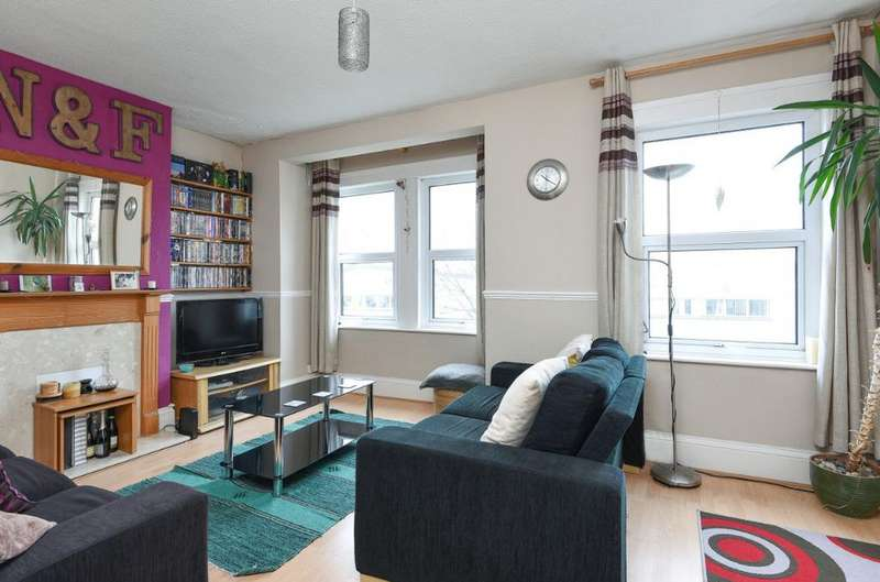 2 Bedrooms Flat for sale in Fonthill Road Hove East Sussex BN3